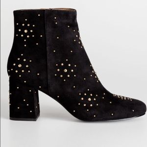 & OTHER STORIES Dome Studded Suede Boots